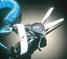Pneumatic Scissors have extra-large air cylinder.