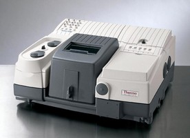Spectrometer is suited for biochemistry and nanotechnology.