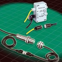 Sensors offer splice, label, and double sheet detection.