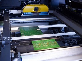 Screen Printers offer dual lane configuration.