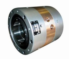 Rotary Union is suited for water-cooling applications.