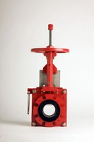 Knife Gate Valve prevents slurry build up in seat area.