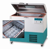 Laboratory Shakers can handle up to 4 x 6 L flasks.