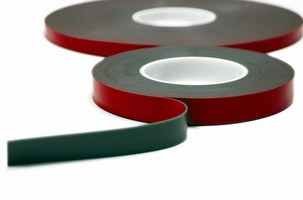 Acrylic Foam Tape bonds in extreme conditions.