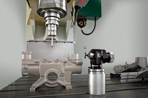 Probe enables cable-free installation on machining centers.