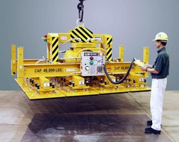 Vacuum Lifter handles up to 40,000 lb load.