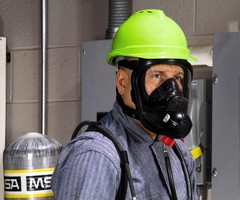 MSA's AirHawk® II Air Mask Now with Advantage® 4000 Facepiece and Audi-Larm(TM) Audible Alarm EOSTI