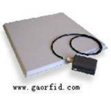 Patch RFID Antenna has cross polarization of less than 20 dB.