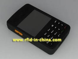 PDA-based RFID Reader offers optional wireless transfer.