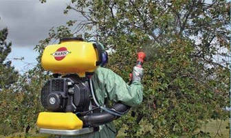Motorized Backpack Sprayer can spray for up to 1½ hr.