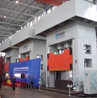 Greenerd Delivers Huge Hydraulic Compression Molding Presses to Sheet Molder