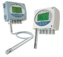 Humidity/Temperature Transmitter offers on-site calibration.