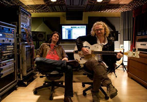 Auralex Helps American Rockers, Collective Soul, Achieve Total Acoustical Harmony