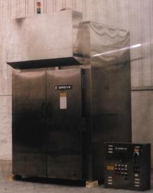Walk-In Oven provides 500 deg gas heat.