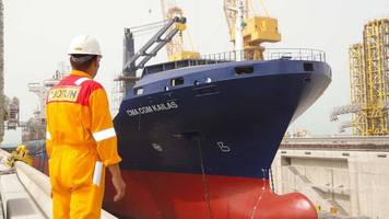 Erhama Bin Jaber Al Jalahma (N-KOM) Shipyard's First Docked Vessel Gets Full Marine Coating Supplies and Service from Jotun