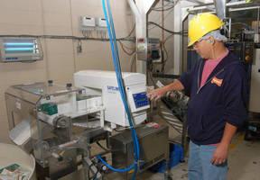 TFH Publications Assures Quality of Nylabone® Products with Mettler-Toledo Safeline Metal Detectors