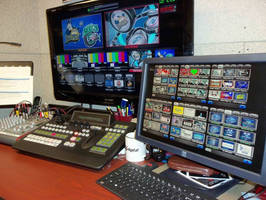 Carver Arena Relies on Broadcast Pix for Live Video Scoreboard During Hockey, Basketball