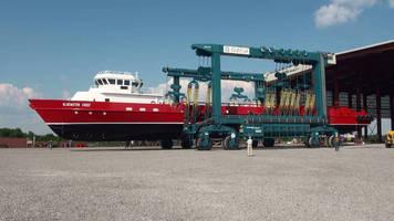 Louisiana-Based Custom Boatbuilder Gulf Craft Adds Marine Travelift 500c Mobile Boat Hoist to New Shipyard Facility