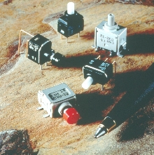 Pushbutton Switches withstand washdowns.