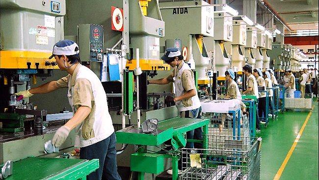 432136-110905-china-manufacturing